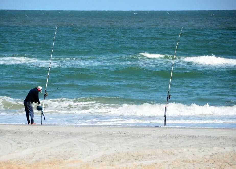 Best time to go surf fishing
